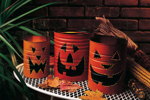 Halloween Props and Decor Crafts