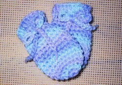 Crochet Baby Mitts