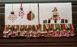Colorful Retro Christmas Dishtowels