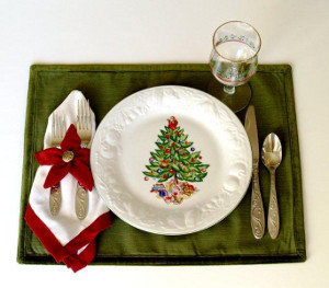 Poinsettia Place Mats and Napkins