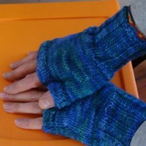 Quick Adorable Fingerless Gloves