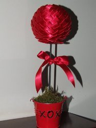Valentines Topiary Tree