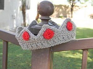 Newborn Crown Free Crochet Pattern