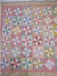 Cheery Vintage Pinwheel Quilt