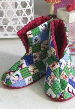 Quilted Christmas Booties