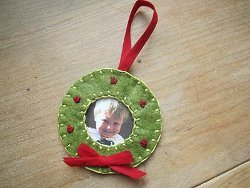 Felt Wreath Photo Ornament