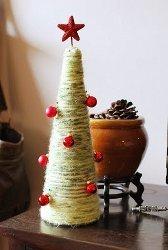 DIY Yarn Christmas Trees