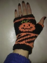 Knit Pumpkin Mitts