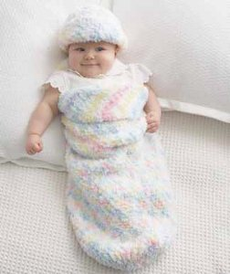 Pipsqueak Baby Cocoon and Hat