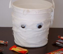 Five Dollar Mummy Bucket