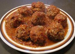Victoria's Slow Cooker Meatballs