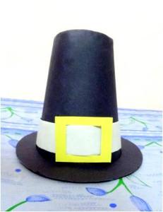 Construction Paper Pilgrim Hat