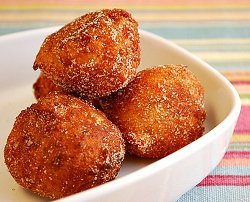 Homemade Dunkin' Donuts Munchkins