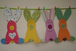Pretty Paper Easter Bunny Garland