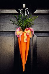 Dangling Carrots Door Display