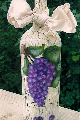 Tuscan Grapes Wine Bottle