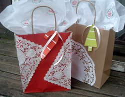 Lovely Lace Gift Bags