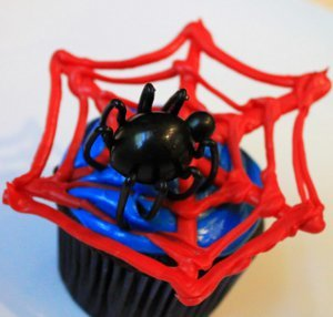 Spiderman Webbed Cupcakes
