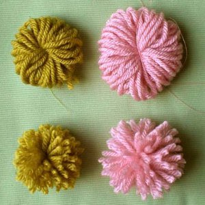 how to make pom poms fluffy again