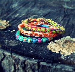 Simple Square Knot Friendship Bracelets