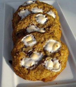 Copycat Momofuku Cornflake Marshmallow Cookies