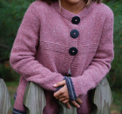 Free Knitting Patterns For Girl Sweaters : Back to School Cardigan