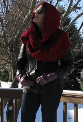 Hooded Snow White Cowl