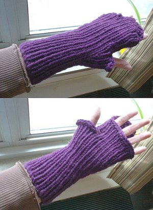 Golden Compass Mitts