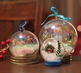 Waterless Snow Globes