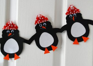 Adorable Holiday Paper Chains