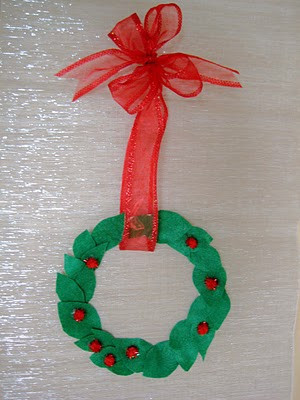 Simple Wreath Ornament