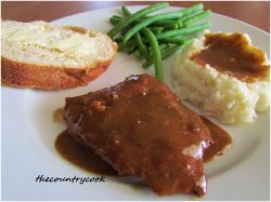 Slow Cooker Cube Steak with Gravy