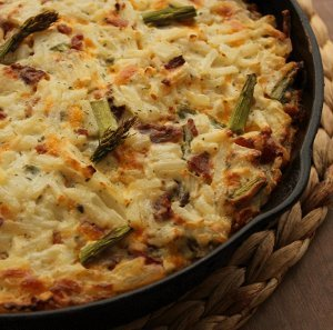 Crack Potatoes with Asparagus
