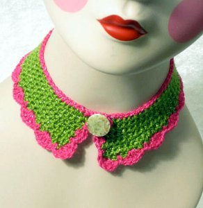 Crocheted Ruffle Collar