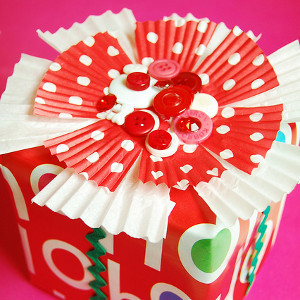 Cupcake Liner Bow