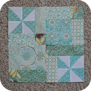 Disappearing Pinwheels Block