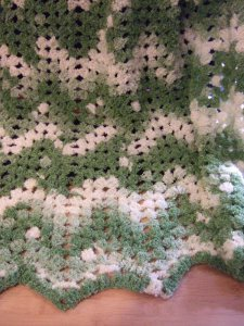 No Beginning Chain Ripple Blanket