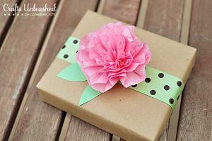Crepe Paper Flower Gift Topper
