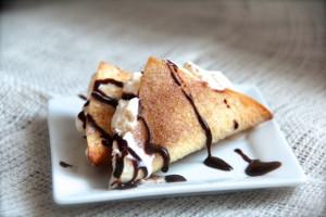 Cinnamon Sugar Ice Cream Tacos