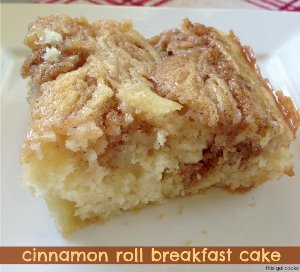 Cinnamon Roll Breakfast Cake