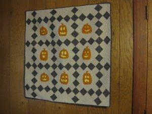 Cutie Pumpkins Wall Quilt