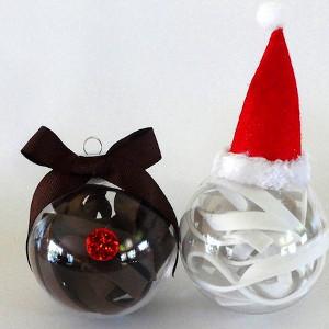 Super Simple Santa and Rudolph Ornaments