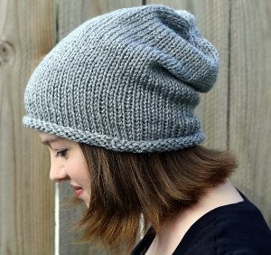 Simple Beanie Hat Knitting Pattern : Seven Dwarves Beanie AllFreeKnitting.com