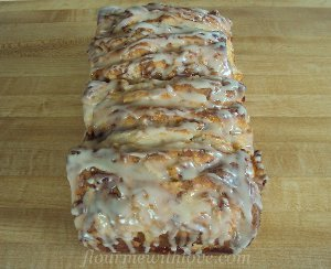 Pull-Apart Apple Fritter Bread