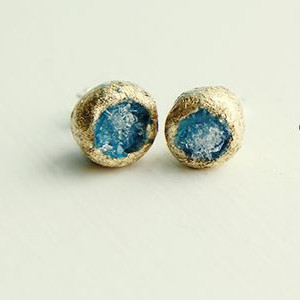 Sensational Glass and Gold Earrings