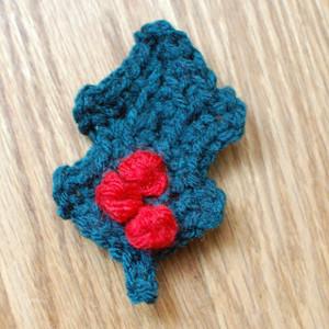 Easy Crocheted Holly Leaf