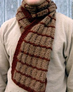 Irish Knitting Patterns Free : Irish Shepherd Scarf AllFreeKnitting.com