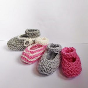 Baby Mary Janes AllFreeKnitting.com
