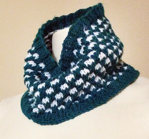 Pretty in Polka Dots Cowl