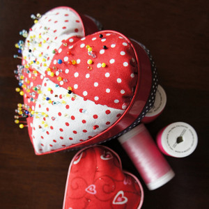 Pin Love Pin Cushion